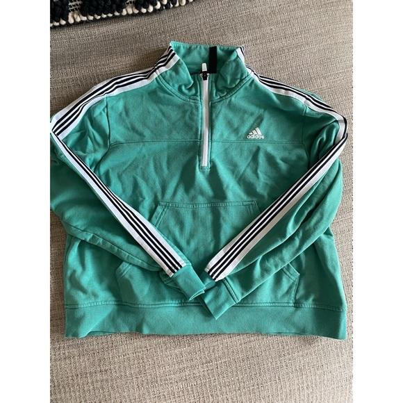 Adidas XL slightly cropped half zip sweatshirt
